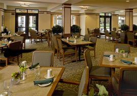 merrill-gardens-at-the-university-dining-room