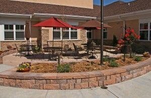 AltaVita Assisted Living Memory Care Centre - Longmont, CO - Courtyard