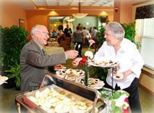 Clare Oaks Retirement Community, Bartlett, IL - Socializing