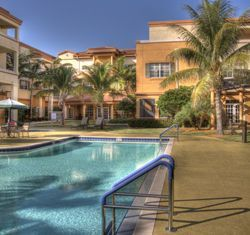 Covenant Village of Florida - Plantation, FL - Pool