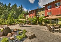 Spiritwood at Pine Lake - Issaquah, WA - Courtyard