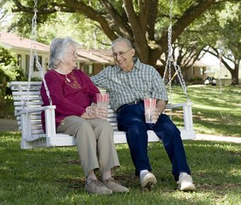 England Oaks - Alexandria, LA - Residents Enjoying Outdoors