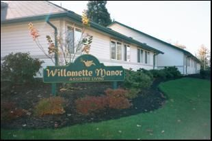 Willamette Manor -Lebanon, Oregon - Exterior