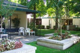 Brookdale Greenhaven - Sacramento, California - Courtyard