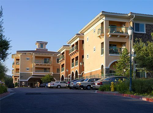 Atria Park of Grand Oaks - Thousand Oaks, CA - Exterior